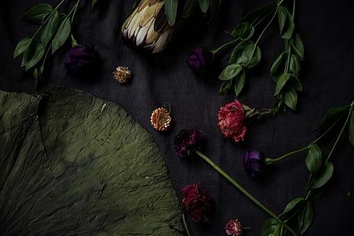 deep dark tone bouquet